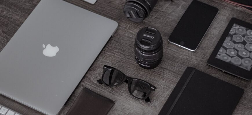 9 Cool and Useful Gadgets to Keep In Your Office